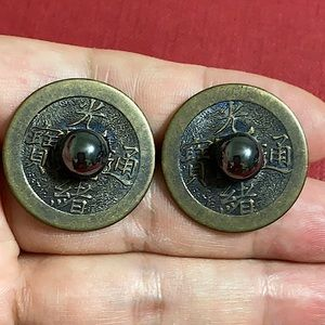 🖤Vintage Chinese coin & Hematite earrings